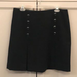pleated skirt with textured fabric
